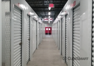 Image of CubeSmart Self Storage - Teaneck Facility on 123 West Tryon Avenue  in Teaneck, NJ - View 3