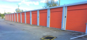 Ranch Oaks Storage Facility at  11940 U.s. 301, Thonotosassa, FL