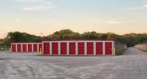 10 Federal Self Storage - 2225 J David Jones Pkwy, Springfield, IL 62703 Facility at  2225 J David Jones Parkway, Springfield, IL