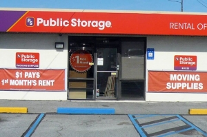 Public Storage - Forest Park - 4889 Old Dixie Hwy Facility at  4889 Old Dixie Hwy, Forest Park, GA