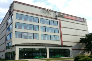Public Storage - Rochelle Park - 168 State RT 17 N Facility at  168 State RT 17 N, Rochelle Park, NJ