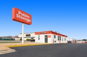 Public Storage - Richmond - 5440 Midlothian Tpke Facility at  5440 Midlothian Tpke, Richmond, VA