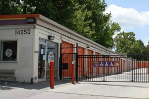 Image of Public Storage - Laurel - 14950 Bowie Road Facility on 14950 Bowie Road  in Laurel, MD - View 4