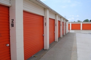 Image of Public Storage - Warren - 24455 Schoenherr Road Facility on 24455 Schoenherr Road  in Warren, MI - View 2