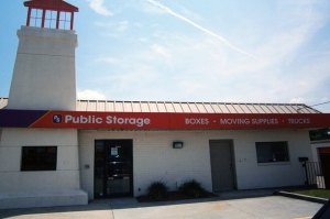 Public Storage - Virginia Beach - 5529 Virginia Beach Blvd Facility at  5529 Virginia Beach Blvd, Virginia Beach, VA