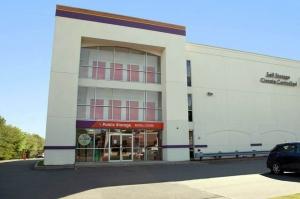 Public Storage - West Haven - 168 Bull Hill Lane Facility at  168 Bull Hill Lane, West Haven, CT