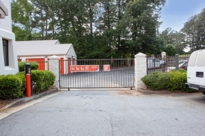 Image of Public Storage - Chamblee - 1865 Savoy Drive Facility on 1865 Savoy Drive  in Chamblee, GA - View 4