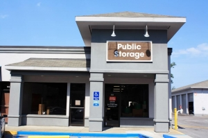Public Storage - Hilton Head Island - 55 Mathews Dr Ste 135 Facility at  55 Mathews Dr Ste 135, Hilton Head Island, SC