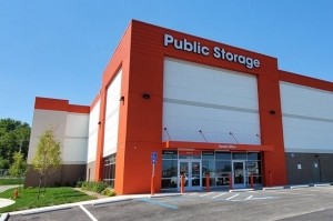 Public Storage - Independence - 13610 E 42nd Terr S Facility at  13620 East 42nd Terrace, Independence, MO