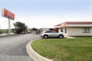 Public Storage - Lansing - 2345 173rd Street Facility at  2345 173rd Street, Lansing, IL