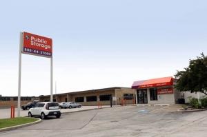 Public Storage - Schiller Park - 3902 River Road Facility at  3902 River Road, Schiller Park, IL