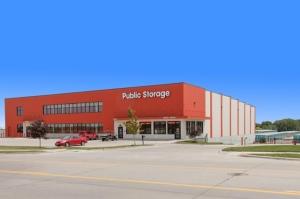 Public Storage - Elkhorn - 20809 Cumberland Dr Facility at  20809 Cumberland Dr, Elkhorn, NE