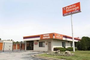 Image of Public Storage - Alsip - 12730 S Pulaski Road Facility at 12730 S Pulaski Road  Alsip, IL