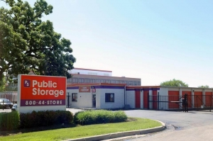 Public Storage - Elgin - 665 Big Timber Road Facility at  665 Big Timber Road, Elgin, IL