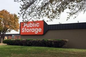 Public Storage - Fridley - 5350 Industrial Blvd Facility at  5350 Industrial Blvd NE, Fridley, MN