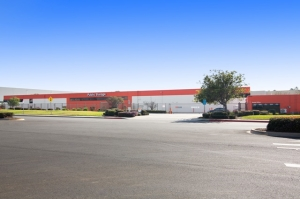 Public Storage - El Segundo - 1910 Hughes Way Facility at  1910 Hughes Way, El Segundo, CA