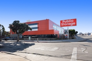Image of Public Storage - Inglewood - 10100 S La Cienega Blvd Facility at 10100 S La Cienega Blvd  Inglewood, CA