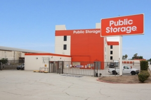 Public Storage - Los Angeles - 1747 N Eastern Ave Facility at  1747 N Eastern Ave, Los Angeles, CA