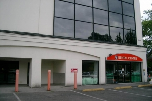 Public Storage - Issaquah - 5806 221st Place SE Facility at  5806 221st Place SE, Issaquah, WA