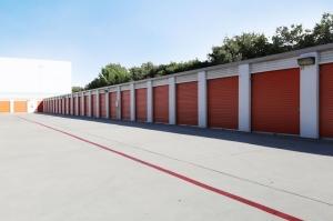 Image of Public Storage - Hawthorne - 14107 Crenshaw Blvd Facility on 14107 Crenshaw Blvd  in Hawthorne, CA - View 2