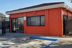 Image of Public Storage - Sacramento - 311 N 16th Street Facility at 311 N 16th Street  Sacramento, CA