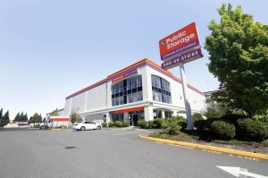 Public Storage - Lynnwood - 2215 196th Street SW Facility at  2215 196th Street SW, Lynnwood, WA