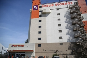 Public Storage - Los Angeles - 3625 S Grand Ave Facility at  3625 S Grand Ave, Los Angeles, CA
