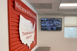 Image of Public Storage - Torrance - 380 Crenshaw Blvd Facility on 380 Crenshaw Blvd  in Torrance, CA - View 4