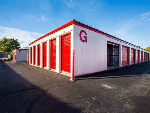 Storage Rentals of America - Wyoming Facility at  2621 Burlingame Ave SW, Wyoming, MI
