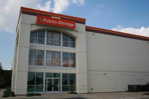 Public Storage - Chantilly - 3854 Dulles South Court Facility at  3854 Dulles South Court, Chantilly, VA