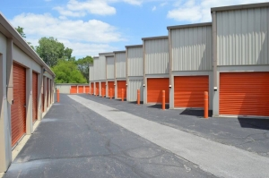 Image of Public Storage - Indianapolis - 4310 E 62nd Street Facility on 4310 E 62nd Street  in Indianapolis, IN - View 2