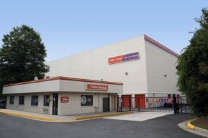 Public Storage - Alexandria - 5610 General Washington Drive Facility at  5610 General Washington Drive, Alexandria, VA