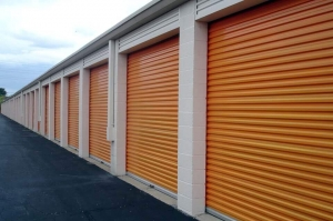 Image of Public Storage - Fraser - 32775 Groesbeck Hwy Facility on 32775 Groesbeck Hwy  in Fraser, MI - View 2
