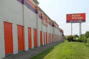Public Storage - Cincinnati - 2555 E Kemper Rd