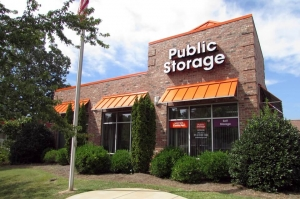 Public Storage - Lake Wylie - 4560 Charlotte Hwy Facility at  4560 Charlotte Hwy, Lake Wylie, SC