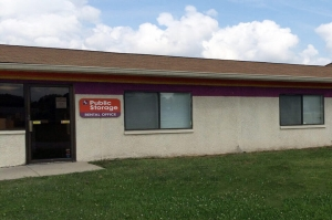 Public Storage - Indianapolis - 4350 S East Street Facility at  4350 S East Street, Indianapolis, IN