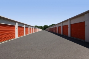 Image of Public Storage - Lombard - 1110 E Roosevelt Road Facility on 1110 E Roosevelt Road  in Lombard, IL - View 2