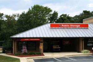 Public Storage - Burke - 5797 Burke Centre Parkway Facility at  5797 Burke Centre Parkway, Burke, VA