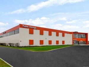 Image of Public Storage - Niles - 7300 N Lehigh Ave Facility at 7300 N Lehigh Ave  Niles, IL