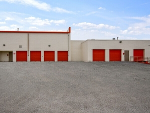 Image of Public Storage - Niles - 7300 N Lehigh Ave Facility on 7300 N Lehigh Ave  in Niles, IL - View 2