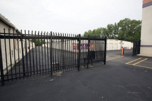 Image of Public Storage - Merrillville - 8230 Broadway Facility on 8230 Broadway  in Merrillville, IN - View 4