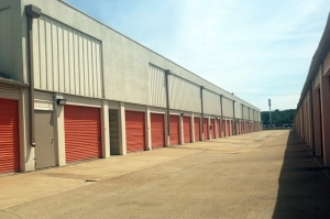 Image of Public Storage - Ballwin - 2211 Barrett Station Road Facility on 2211 Barrett Station Road  in Ballwin, MO - View 2