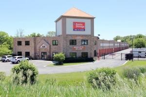 Public Storage - Elgin - 830 Steel St Facility at  830 Steel St, Elgin, IL