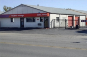 Public Storage - Wichita - 3515 W Maple Street Facility at  3515 W Maple Street, Wichita, KS