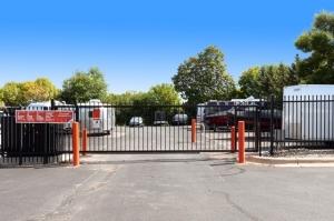 Image of Public Storage - Edina - 7225 Bush Lake Rd Facility on 7225 Bush Lake Rd  in Edina, MN - View 4