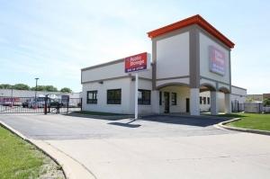 Public Storage - Arlington Heights - 1600 E Davis St Facility at  1600 E Davis St, Arlington Heights, IL
