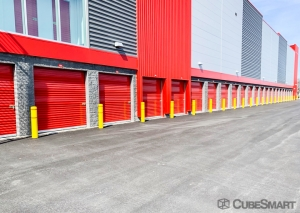 Image of CubeSmart Self Storage - NY Bethpage Stewart Facility on 909 Stewart Avenue  in Bethpage, NY - View 2