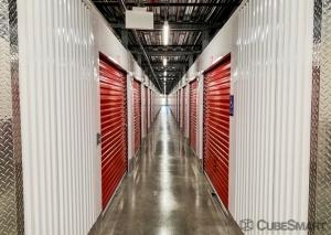 Image of CubeSmart Self Storage - NY Bethpage Stewart Facility on 909 Stewart Avenue  in Bethpage, NY - View 4