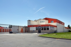 Public Storage - North Highlands - 4900 Roseville Road Facility at  4900 Roseville Road, North Highlands, CA