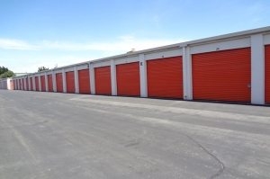 Image of Public Storage - Pinole - 640 San Pablo Ave Facility on 640 San Pablo Ave  in Pinole, CA - View 2